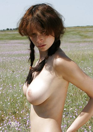 Free Natural Tits Pictures