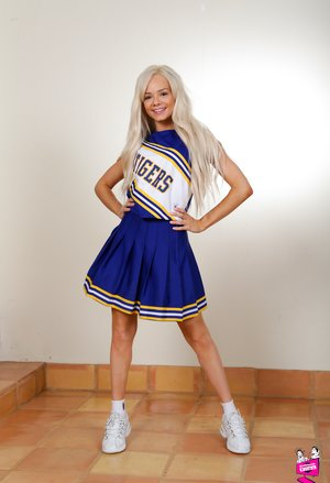 Free Cheerleader Pussy Pictures