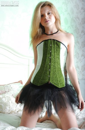 Free Corset Pictures
