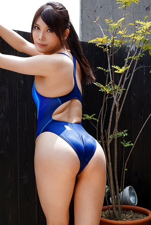 Free Swimsuit Pictures