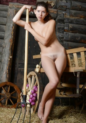 Free Country Girls Pictures