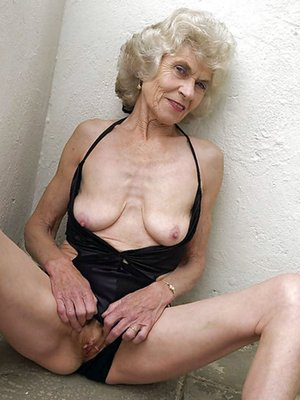 Free Granny Pussy Pictures