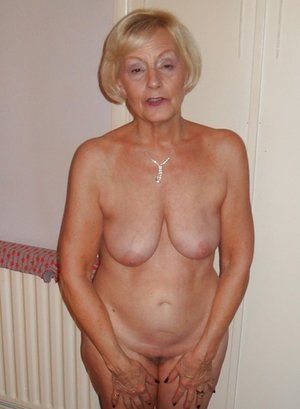 Free Older Women Pictures